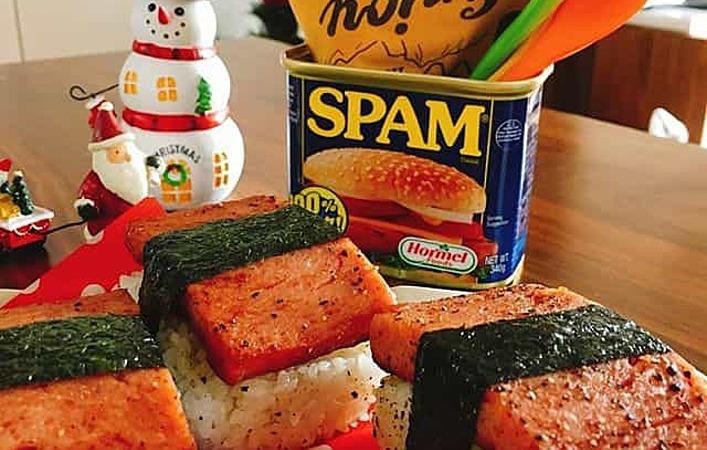 実はいろいろ使える!アメリカ生まれのお肉の缶詰「スパム」のアレンジ8選