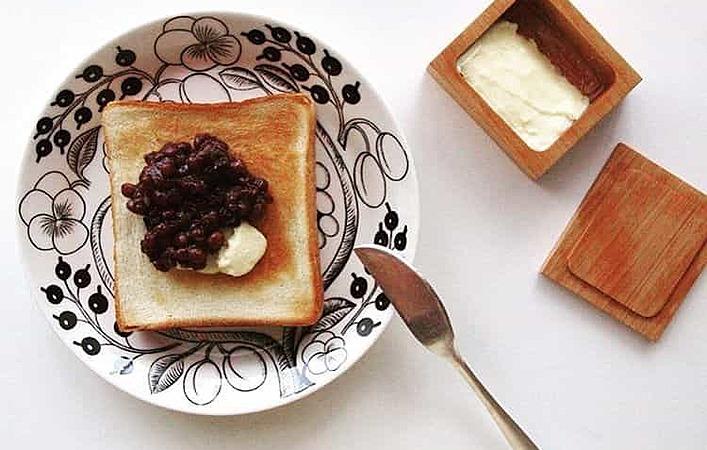 朝から至福のハーモニー! インスタで人気の #あんバタートースト が食べたい!