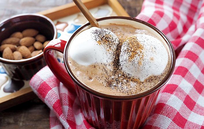 極上ホットチョコレートでとろけちゃう!レンジ2分で至福のカフェタイム