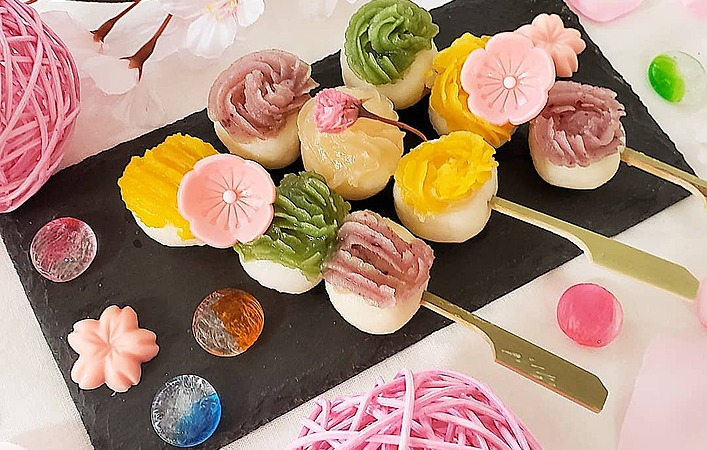 やさしい甘さにほっこり。華やかかわいい、自然素材で作るカラフル和菓子の世界