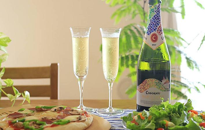 おうちで乾杯!スパークリングワインを楽しむために知っておきたい5つの基礎知識