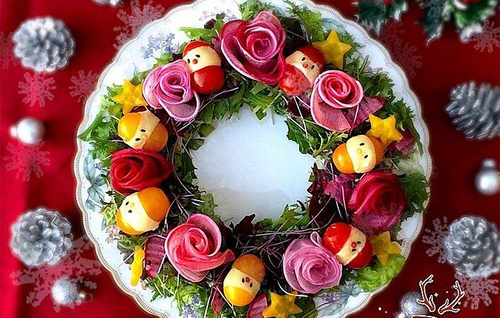 手軽で華やか!テーブルを素敵に演出する、クリスマスにぴったりなリースサラダ