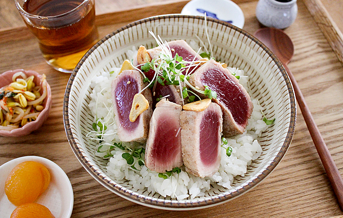 【あゆの簡単スポ飯】高たんぱく質なお魚NO.1「まぐろ」を使った簡単丼レシピ