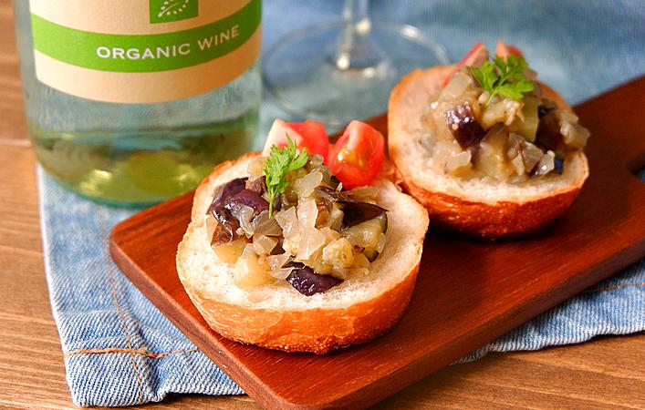 サスティナブルなワインに注目!ソムリエが選ぶ「普段着ワイン」とおつまみレシピ