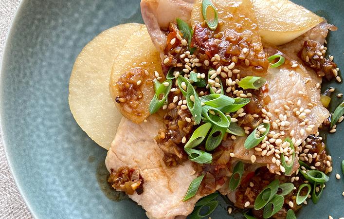 【からだケアレシピ】夏バテ解消と秋の養生に「豚肉と梨の蒸し焼き」