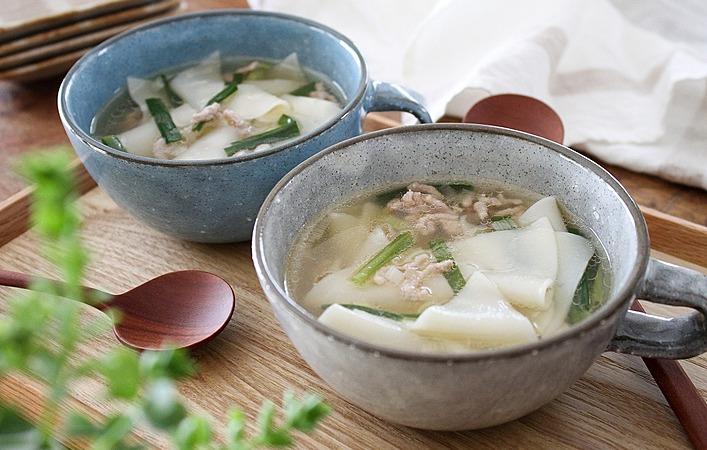 【あゆのこどもごはん】余った餃子の皮が大活躍!こどもに人気のワンタンスープ