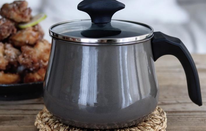ドイツのキッチン用品ブランドWMFのマルチポットはミネラル素材でひと味違う!