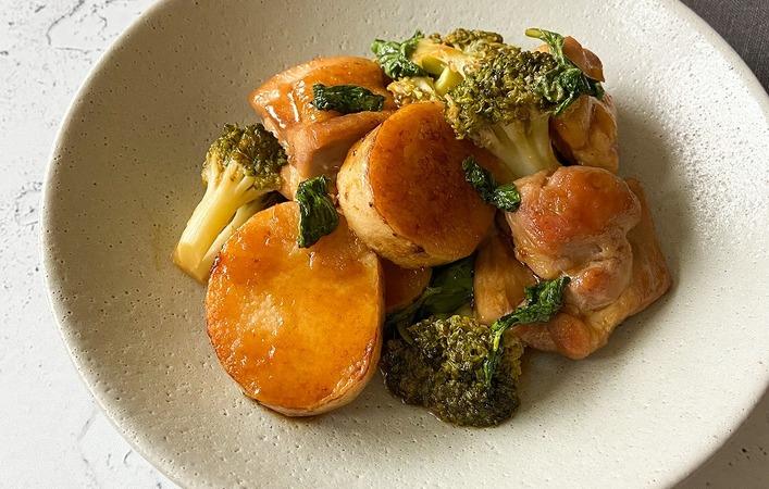 【からだケアレシピ】エイジング対策に「鶏肉と長芋のバジル黒酢炒め」