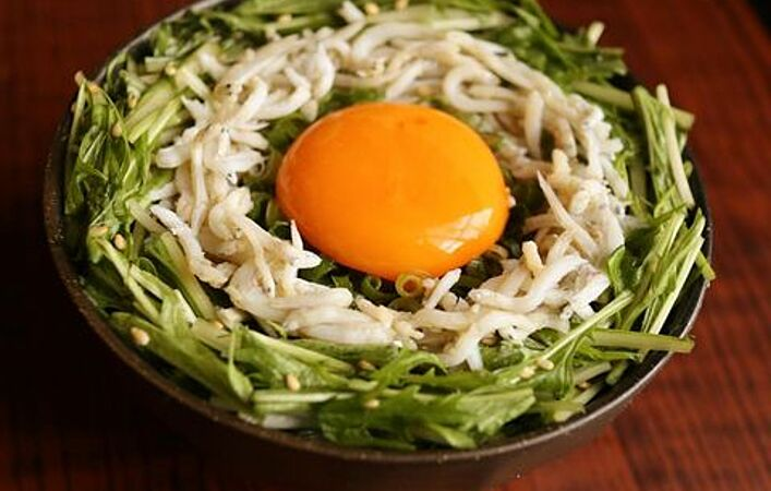 お鍋だけじゃない!旬の水菜で作る前菜やメインのアレンジレシピ7選
