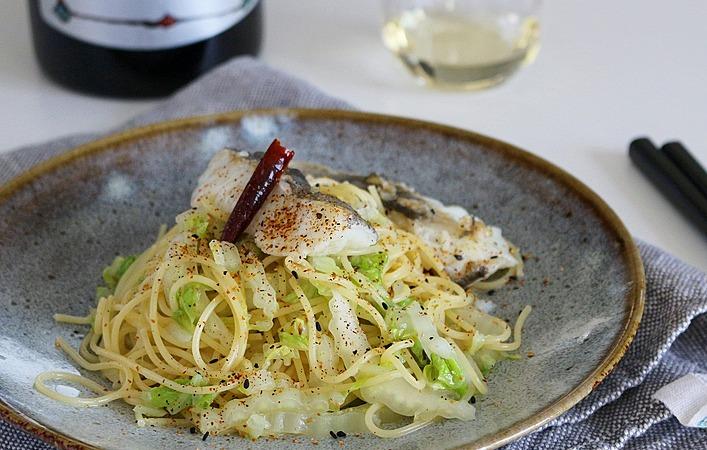 【ぐっちのおさけじかん】Vol.23 鱈と白菜のペペロンチーノ
