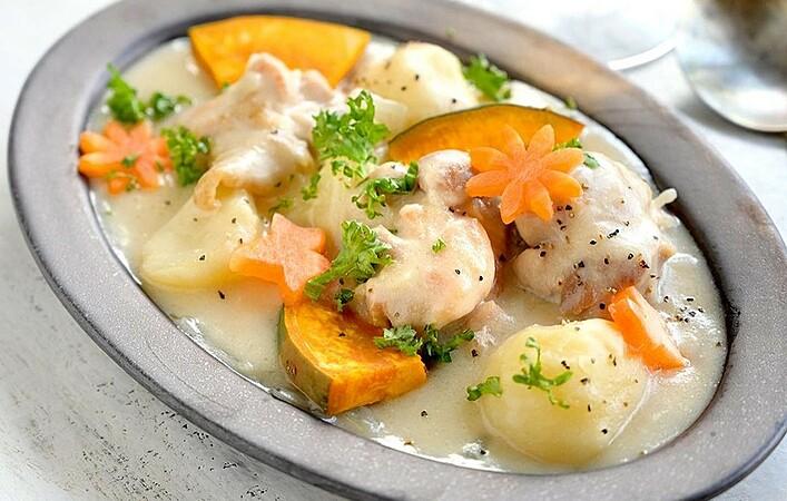 バズったあのジョージア料理をおうちで楽しむ!シュクメルリのおいしい作り方