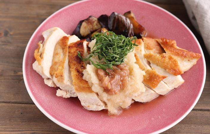 【働楽おうちごはん】15分で完成!パリパリ皮の「さっぱり鶏の梅おろし」