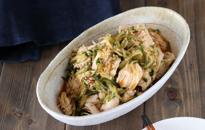 【働楽おうちごはん】超特急晩ご飯!レンチンで作る「蒸し鶏のピリ辛きゅうり」