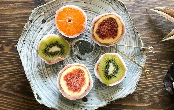 美しい断面と旬のおいしさを堪能!トレンドの「フルーツ大福」をおうちで作ろう