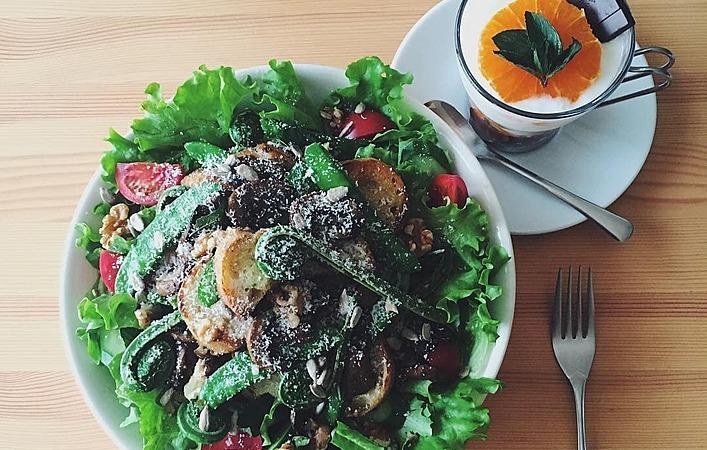 【低カロリー】おうちで昼ごはんにも、サラダランチがアリなんです