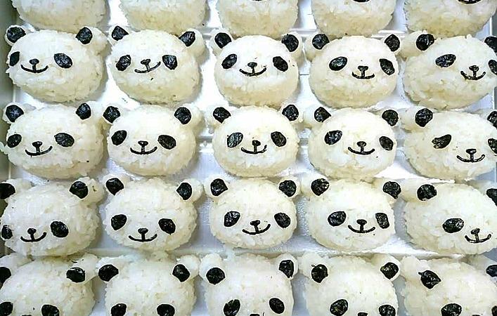 パンダおにぎりはいかが?かわいすぎる見た目におもわずにやり