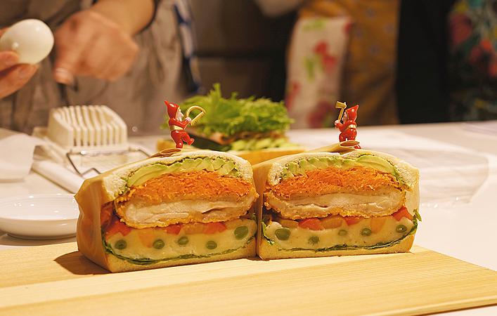 【レポート】おうちごはんワークショップ「クリスマス・わんぱくサンド体験会」