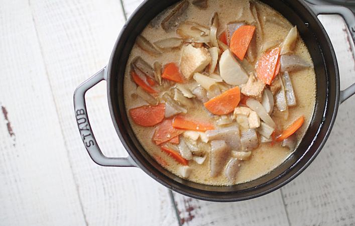 豚肉なしでも美味しい!野菜だけの豚汁「#野ん汁」を作りました!